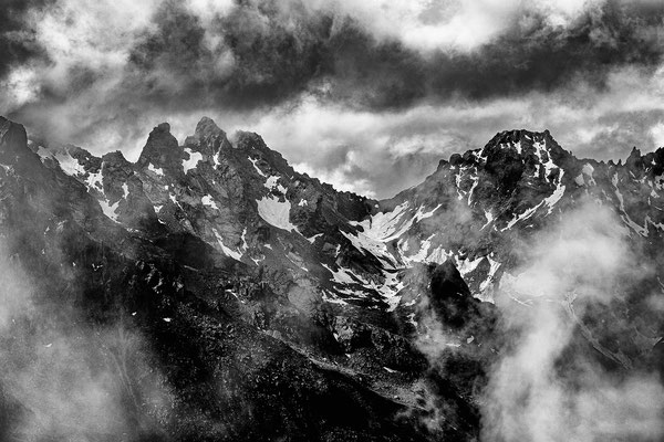 Blackmountainswhite.com - Berge in schwarzweiss - Look Mai 2021 - 20