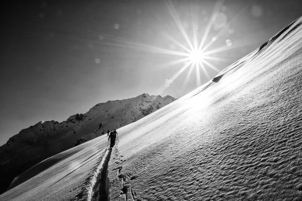 Alpgues Silbertal - Aufstieg im Neuschnee