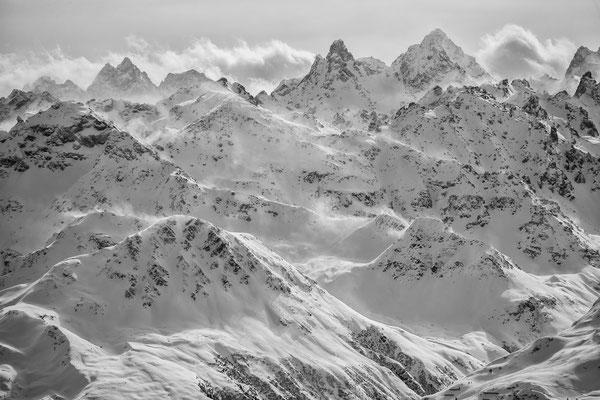 Schneefahnen an Großlitzner und Großseehorn