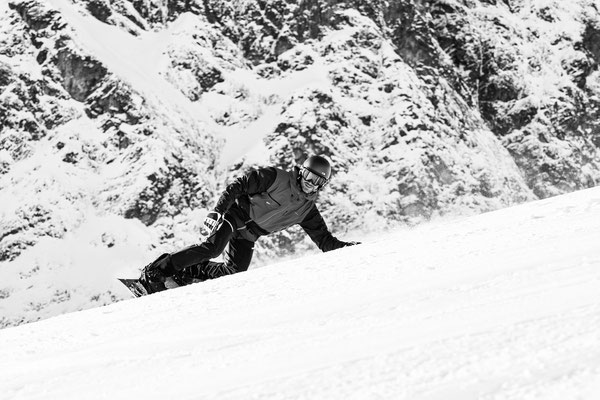 Blackmountainswhite - Portfolio Winter 17-18 - 8
