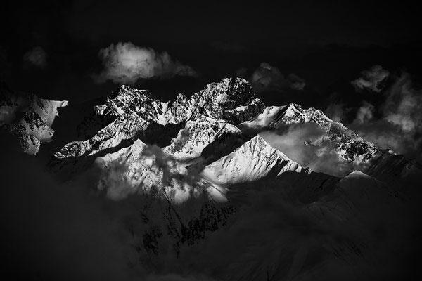 Blackmountainswhite.com - Berge in schwarzweiss - Look Mai 2021 - 3