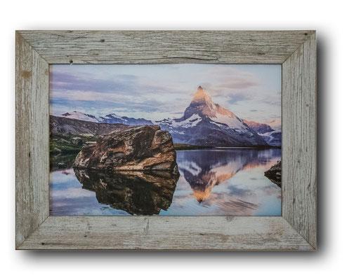 Stellisee mit Matterhorn im Unikatholzrahmen