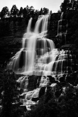 Wasserfall im Lysefjord Norwegen