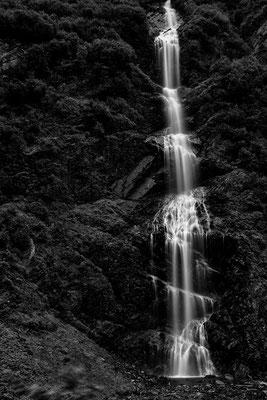 Mehrere Wasserfälle kurz vor Valdez