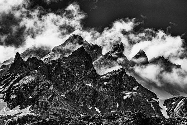 Blackmountainswhite.com - Berge in schwarzweiss - Look Mai 2021 - 18