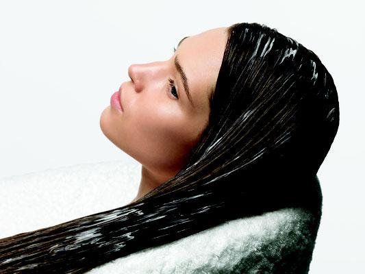 Kopfhautdiagnose mit Beauty Harmony - Martina Zandron München