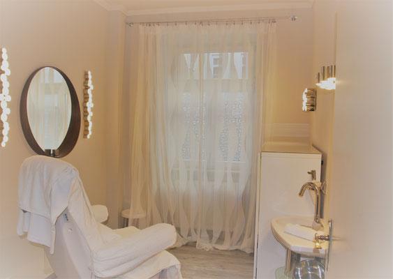 La Biosthetique Salon - Friseur und Kosmetiksalon - Beauty Spa