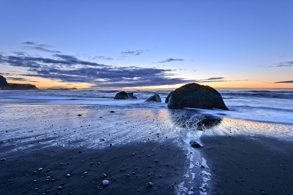 40 Golden hour at Vik Beach LW 160x90x4cm