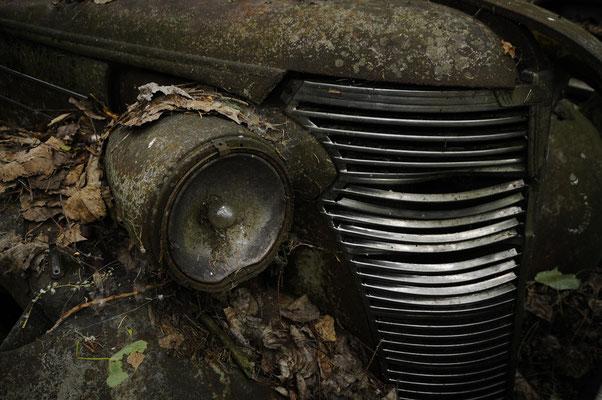 60 Chevrolet Master Deluxe 58x77cm