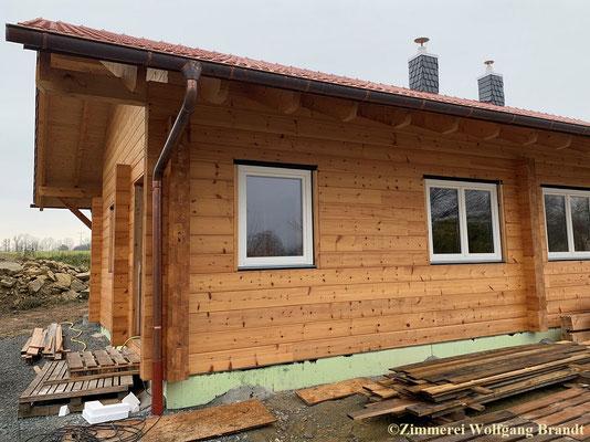 Ebenerdiges Blockhaus als Wohnhaus