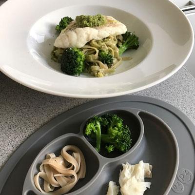 Tagliatelle mit Brokkoli-Rucola Pesto und Kabeljau