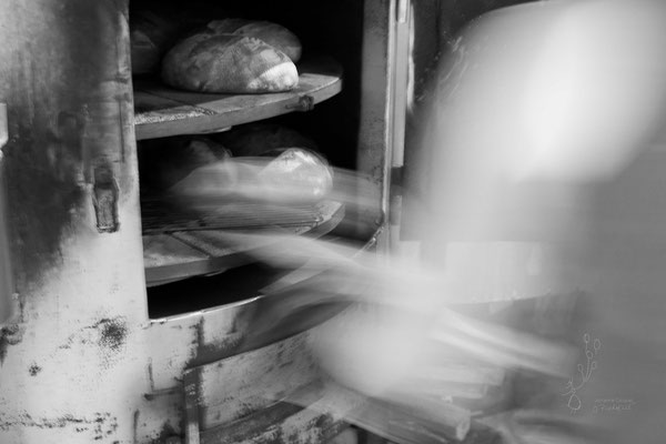 défournement des pains. ma boulange @johannegicquel