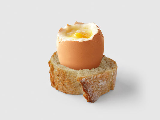 SLICE OF BAGUETTE EGGCUP