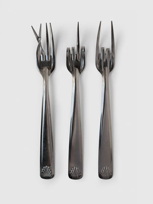 TALKING FORKS