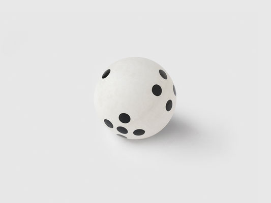 "TABLE TENNIS ""DICE"" BALL"