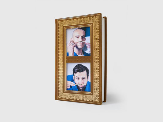 BOOK PHOTOS FRAME