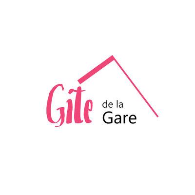 Création de l'identité visuelle et du logo d'un gite de groupe - Graphiste Sarthe