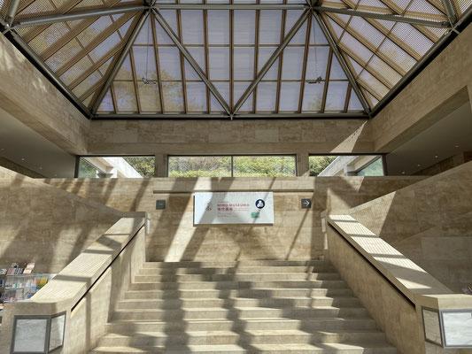 「光こそ鍵」建築家 I.M.ペイの言葉
