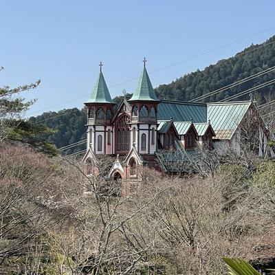2階のテラスから聖ヨハネ教会堂が見えます