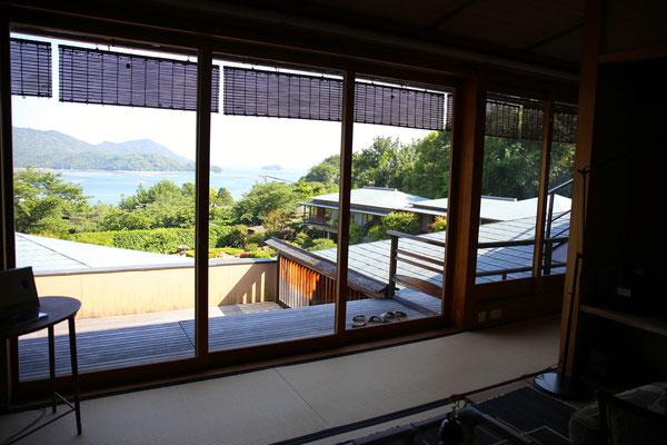 部屋からの眺めは絶景