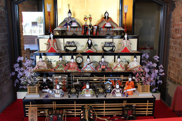 赤れんが倉庫|雛人形