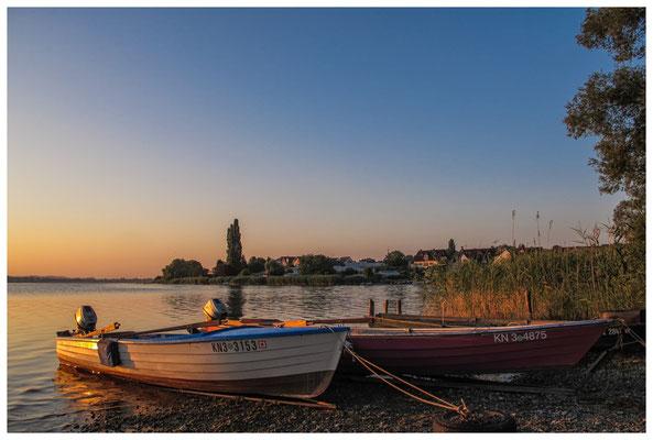 Fischerboote bei Sonnenaufgang 9490