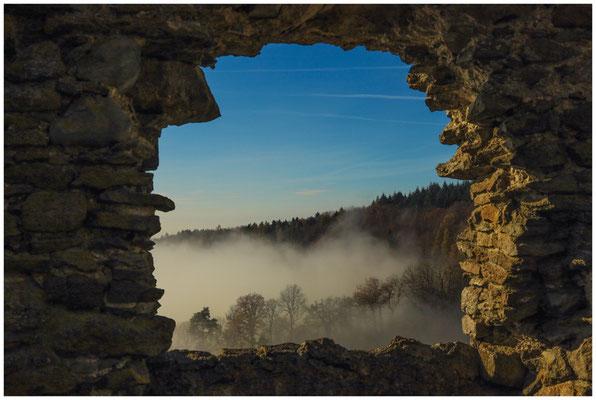 """Blick durch das """"Burgfenster"""" 4819"""