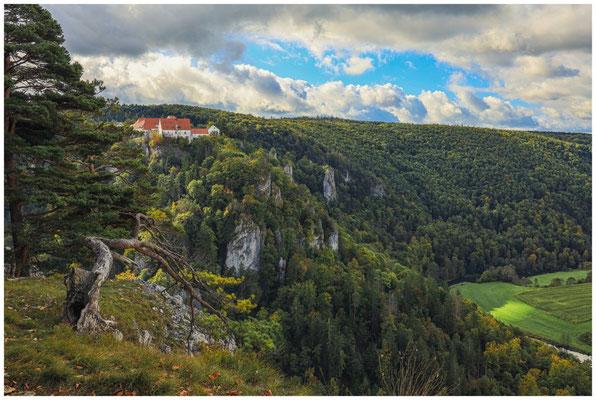 Burg Wildenstein vom Bandfelsen aus gesehen 8242