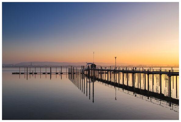 Sonnenaufgang im Jachthafen Iznang 3299