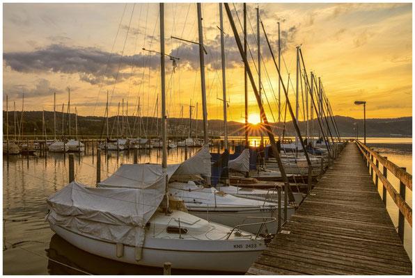 Sonnenaufgang im Jachthafen Bodman  2879