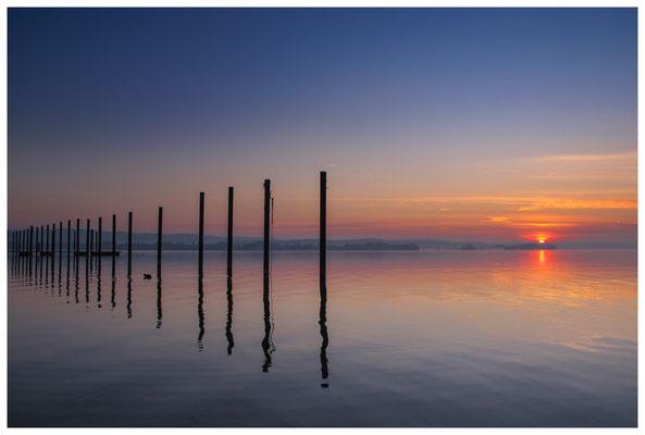 Sonnenaufgang im Jachthafen Iznang 3251