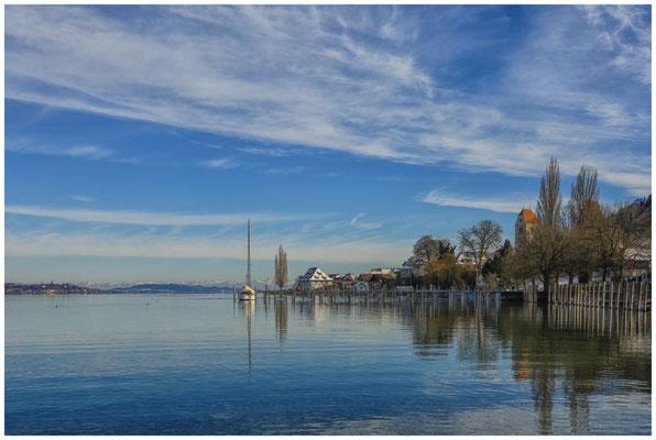 Blick auf Bodman mit Kirchturm, Greth und Alpensicht 5858