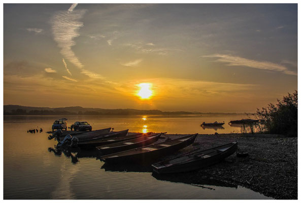 Morgenstimmung auf der Insel Reichenau mit Fischerbooten 0167