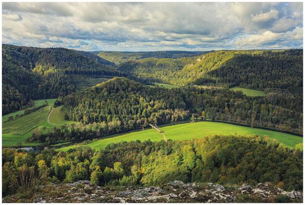 Blick vom Bandfelsen in das Donautal 8237