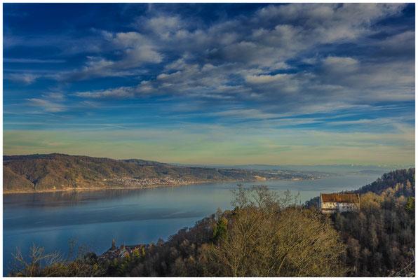 Blick auf Burg Frauenberg und den Überlinger See  1743