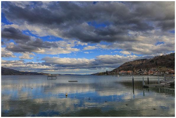 Blick vom Jachthafen auf Bodman und den Überlinger See 2042