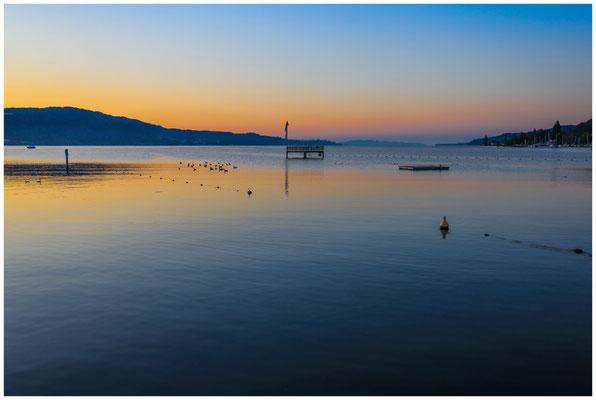 Blick auf den Überlinger See mit Sprungturm vom Strandbad Bodman 0117