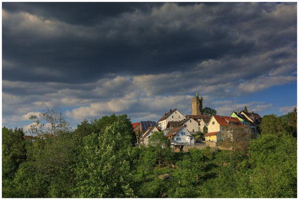 Tengen mit Bergfried 2819