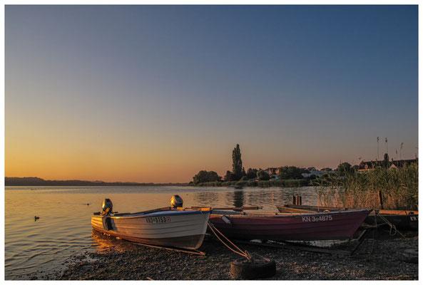 Fischerboote bei Sonnenaufgang 9497