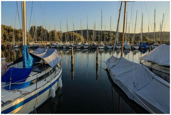 Boote im Jachthafen Bodman 0176