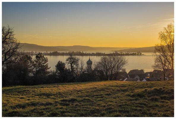 Blick über den Gnadensee zur Insel Reichenau 2994