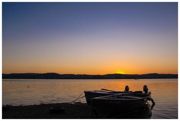 Fischerboote in der Morgendämmerung 9431