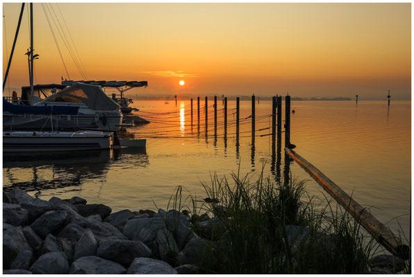 Sonnenaufgang über dem Zeller See 0553