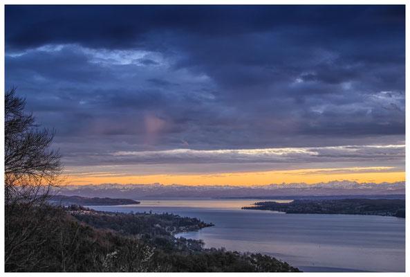 Blick vom Haldenhof über den Überlinger See und die Alpenkette 3878