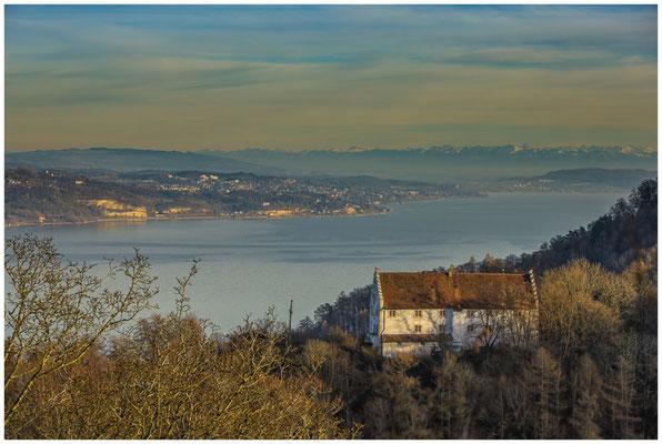 Blick auf Burg Frauenberg und den Überlinger See 1744