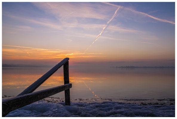 Morgendämmerung an der Mettnauspitze mit Blick auf die Insel Reichenau 2818