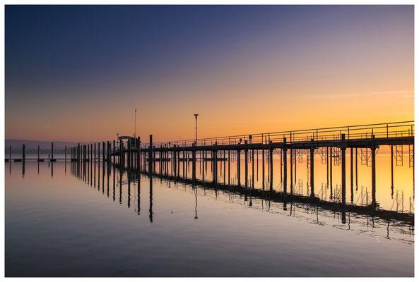 Sonnenaufgang im Jachthafen Iznang 3293