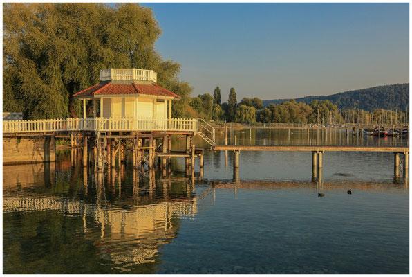 Bootshaus in Bodman im Morgenlicht 4068