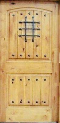 塗装済み 特別バージョン アイアン格子・小窓付き、アンテーク仕上げ 輸入木製玄関ドア