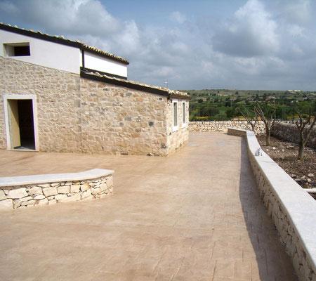 3 Ingresso abitazione rurale in pietra / Ardesia bugnata